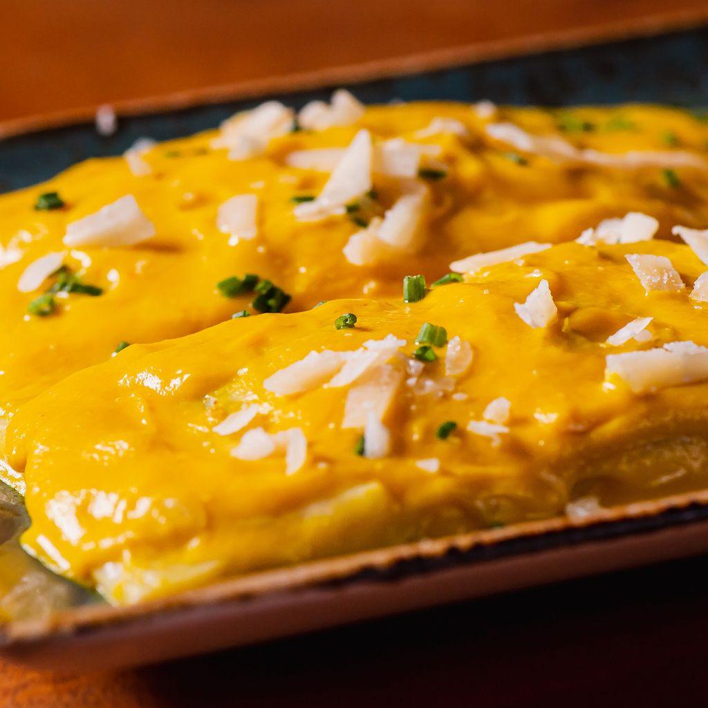 Tomahawk de Pollo al Curry