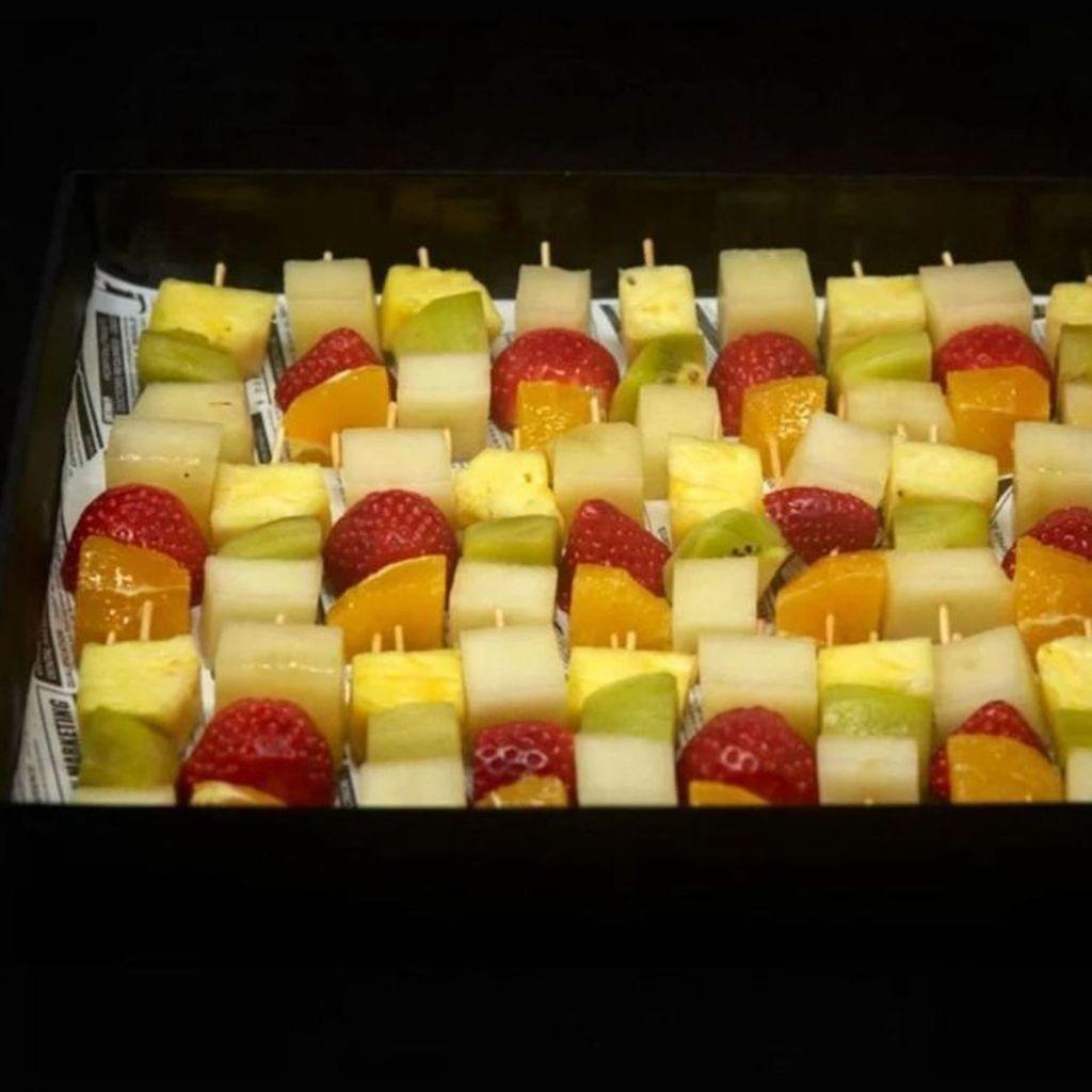 Brochetas de fruta de temporada BOX 30 Uds
