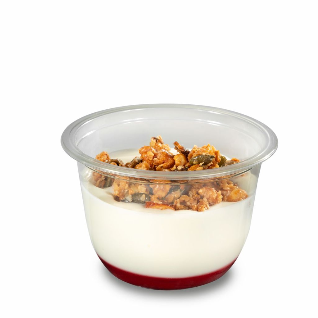 Yogur estilo griego con coulis de frambuesa