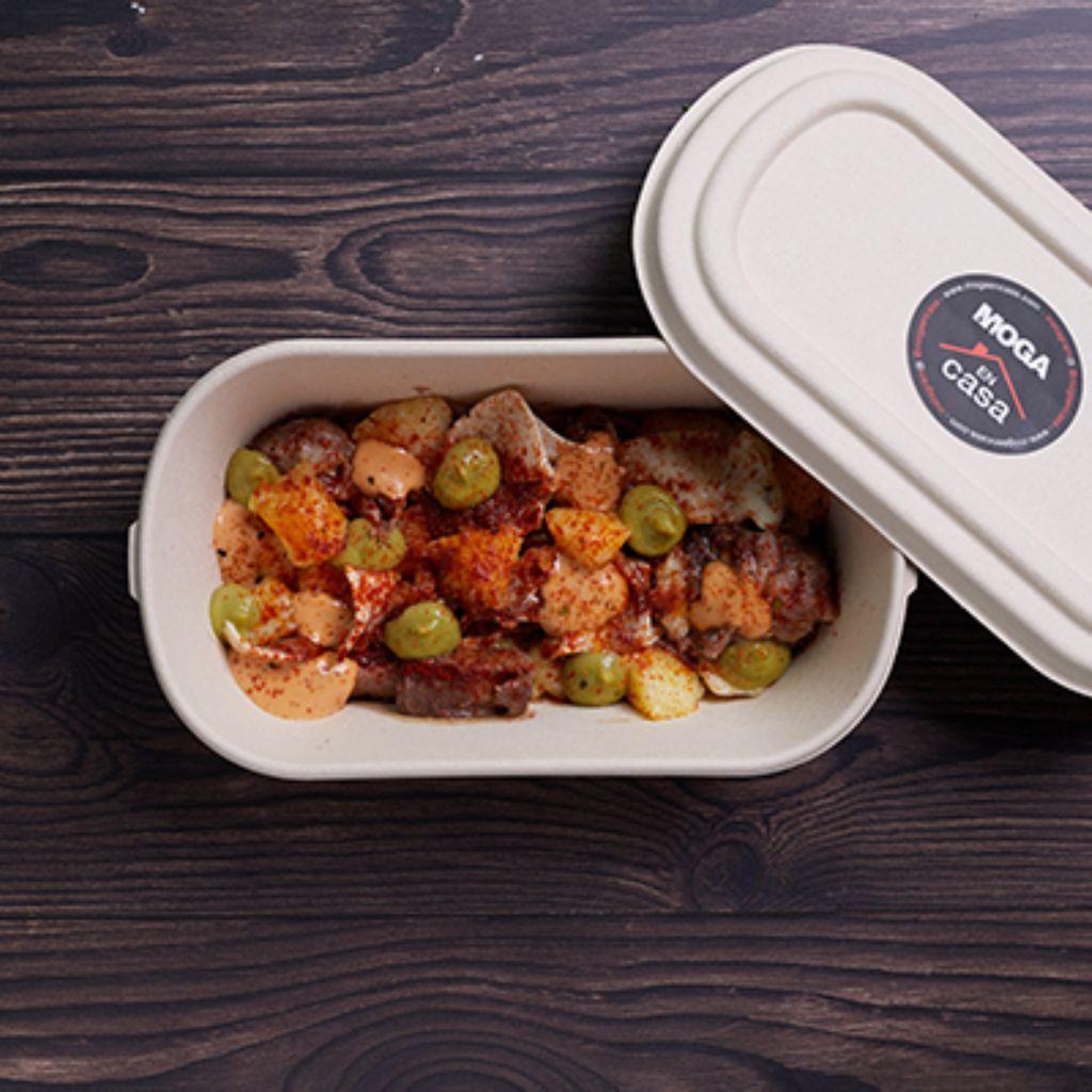Oreja a la plancha con patatitas y chipotle
