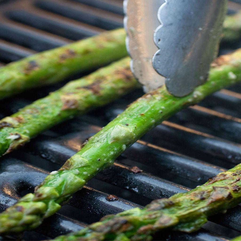 Ración de Espárragos trigueros   Portion of Asparagus