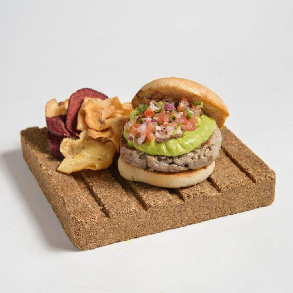 Hamburguesa Mexicana de ternera con aguacate triturado sin gluten