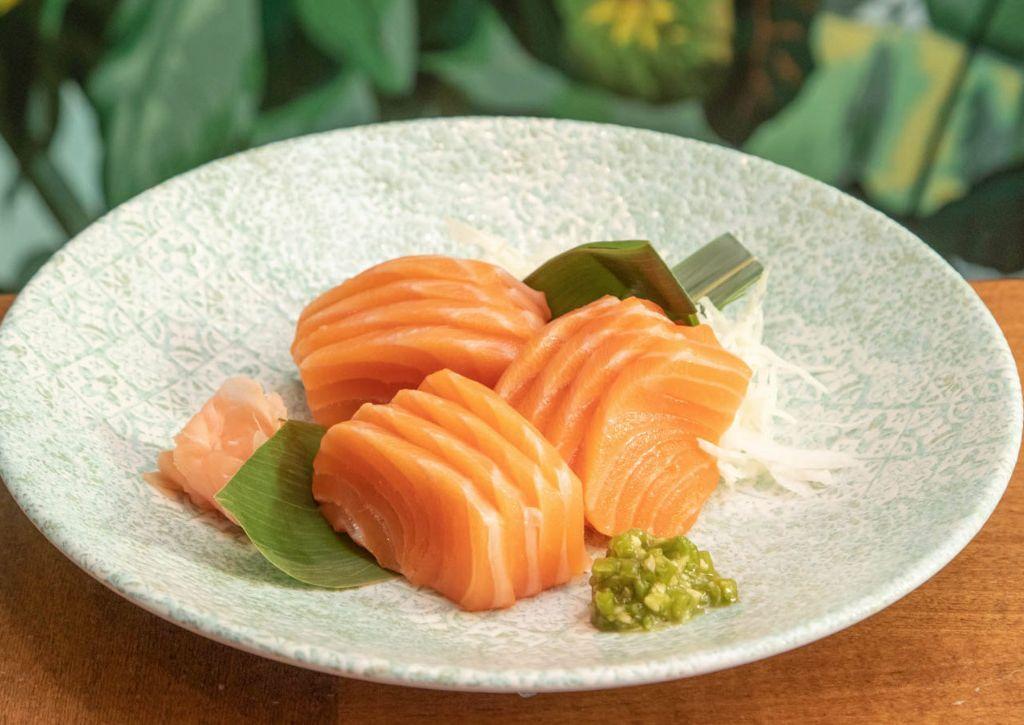 Sashimi di salmone classico