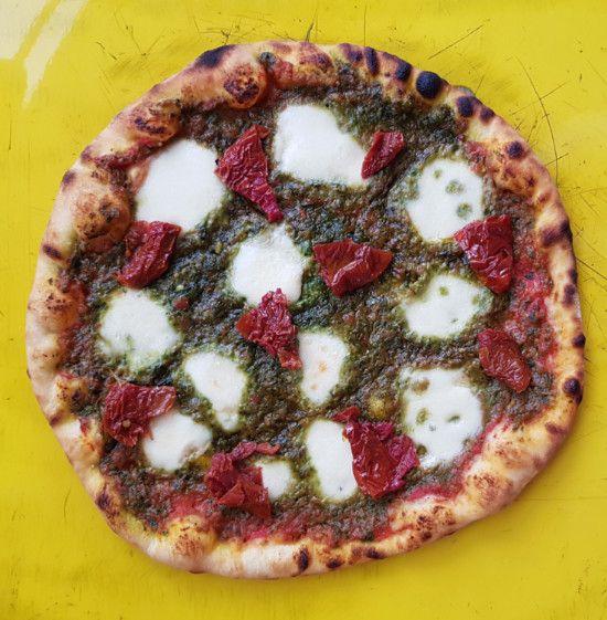 Pesto Pizza Regular